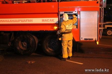 В Форту-Шевченко при пожаре пострадал рабочий