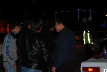В Актау около поликлиники 7 микрорайона столкнулись два автомобиля
