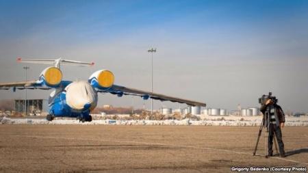 Крушение самолета год назад снова связали с коррупцией
