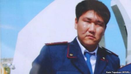 Отец погибшего в Актау полицейского намерен дойти до ООН