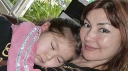 Алма Шалабаева с дочерью улетает в Италию