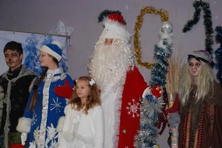 В Актау прошел новогодний утренник для детей из малообеспеченных семей