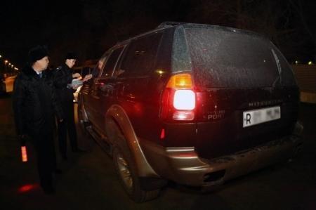 В Актау полицейские разыскивают злоумышленников, стрелявших в двух студентов