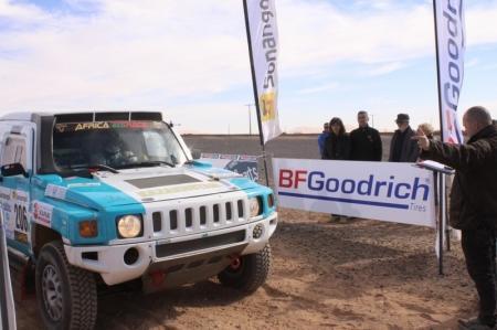 Казахстанский экипаж финишировал в первой десятке на втором этапе Africa Eco Race