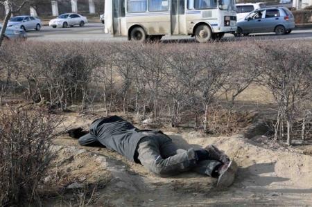 В Актау в канализационном колодце обнаружили труп мужчины