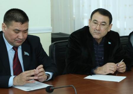 Депутаты маслихата Мангистауской области рассказали о своей работе