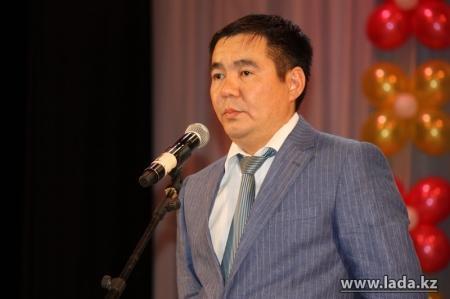 Рахат Елтизаров: Занятия в школах Актау не будут отменены или сокращены из-за холодов