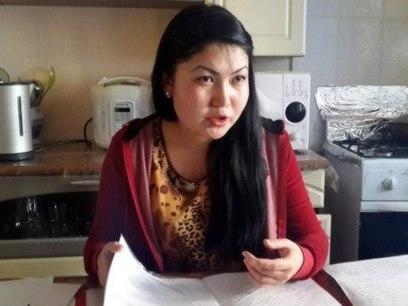 В Актау мать-одиночку, работавшую в акимате, выселяют из квартиры