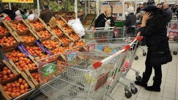 Ахметов потребовал от чиновников жесткого контроля по недопущению роста цен в Казахстане