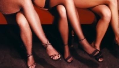 В Актау полицейскими задержаны три сутенера и 44 проститутки