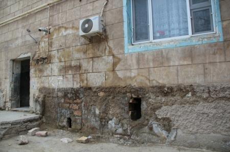 Жители 42 дома на станции Мангышлак пожаловались на антисанитарные условия