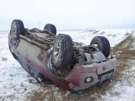 Сотрудники дорожно-патрульной службы просят водителей быть предельно внимательными на дороге