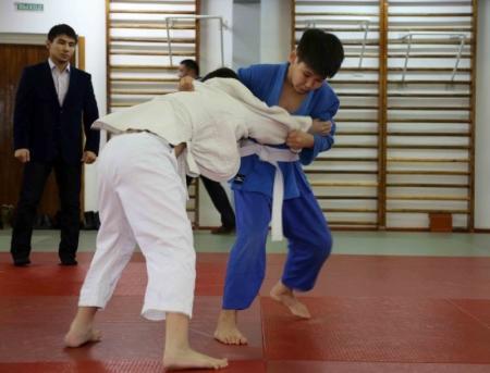 В Актау прошли соревнования по дзюдо, посвященные 25-летию вывода Советских войск из Афганистана