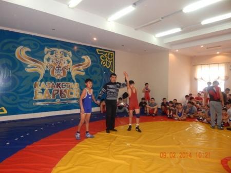 В Мунайлы прошел турнир по вольной борьбе, посвященный 25-летию вывода Советских войск из Афганистана