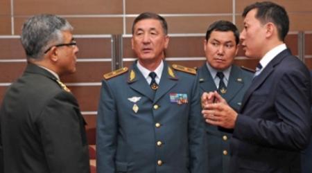 Вице-министра обороны Казахстана взяли с двумя миллионами долларов