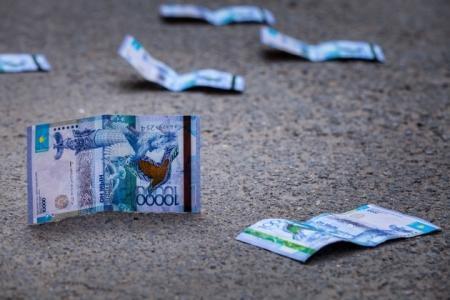 Что будет с пенсионными деньгами после девальвации?