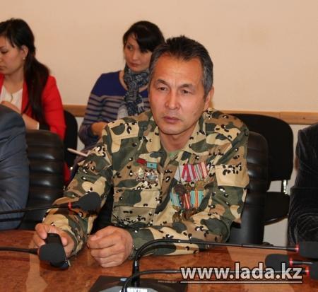 Аким Актау встретился с воинами-интернационалистами