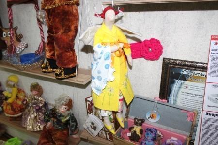 В Актау в галерее «Ковчег» началась выставка-ярмарка «Сердце, полное любви»