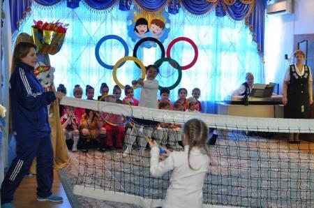 Акын Комек Ибраев посетил детский сад №22