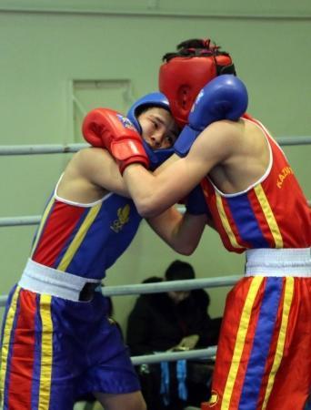 В Актау завершился турнир по боксу, посвященный 25-летию вывода Советских войск из Афганистана