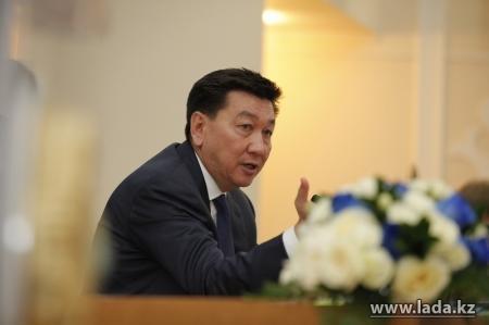 Алик Айдарбаев ответит на вопросы жителей Мангистауской области