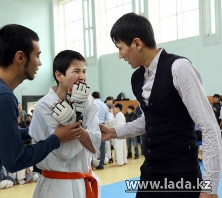 Воины-афганцы стали почетными гостями турнира по кекушинкай каратэ в Актау
