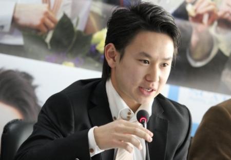 Денис Тен презентовал в Сочи заявку Алматы на проведение Олимпиады в 2022 году