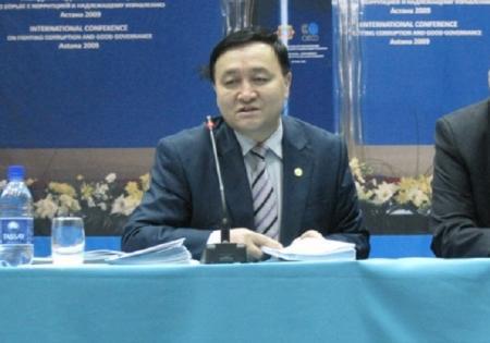 Секретарь комиссии по правам человека при Президенте РК встретился с молодежью Актау
