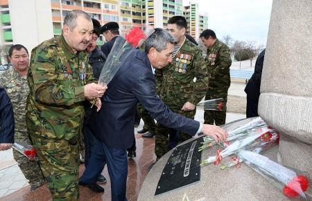 В Актау воины-афганцы почтили память погибших товарищей