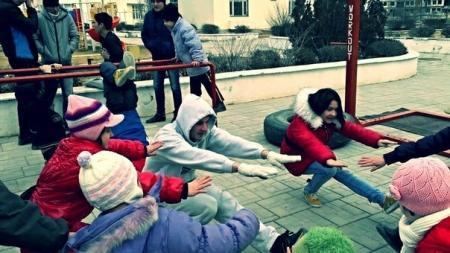 команды «Bar-Bars Aktau» провела мастер-класс в детской деревне