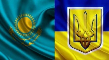 Казахстан не станет разрывать отношений с новой Украиной
