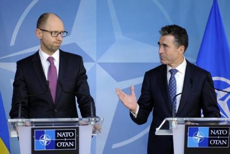 Премьер Украины попытался развеять страхи жителей юго-востока