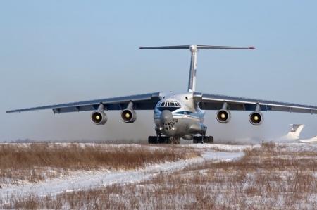 Куницын: В Крым прилетели 13 самолетов с российскими десантниками