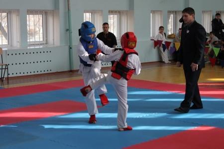 В Актау прошли соревнования по ашихара и киокушинкай карате