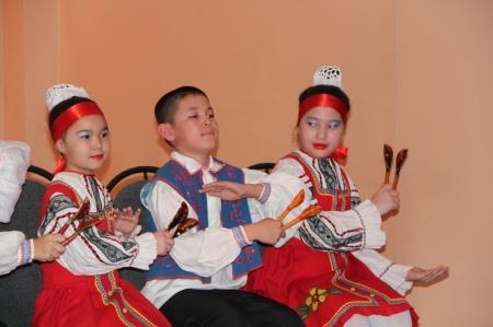 В Актау в центре «Школьник» прошел танцевальный марафон