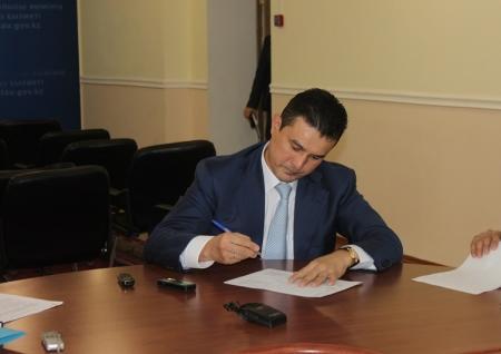 В Актау подписан меморандум между СПК «Каспий» и руководителями супермаркетов о реализации сахара по фиксированной цене