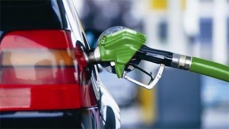В связи с предстоящим удорожанием бензина водителям придется пересесть на малолитражки