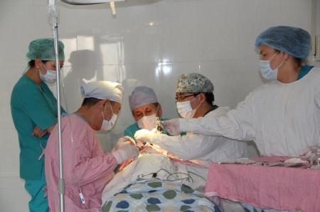 Двухлетней Рите Итченко актауские врачи удалили доброкачественную опухоль губы