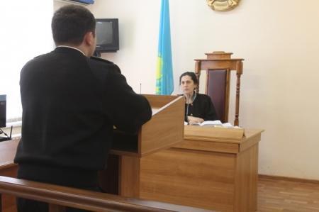 В Актау начался суд над депутатом городского маслихата, обвиняемом в мошенничестве