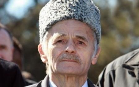 Джемилев попросил НАТО и ООН ввести в Крым войска
