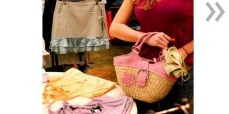 В Актау 16-летняя девушка и ее приятель подозреваются в краже вещей из спортивного магазина
