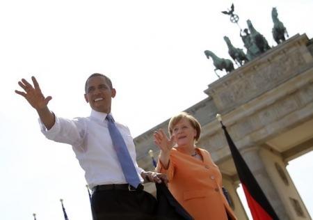 США и Европа ввели первые санкции против России за Крым