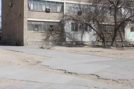 Ада Ким: На начало работ по замене тротуаров в Актау понадобится порядка 240 миллионов тенге