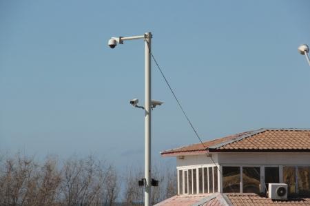 Камеры наблюдения не пугают актауских вандалов