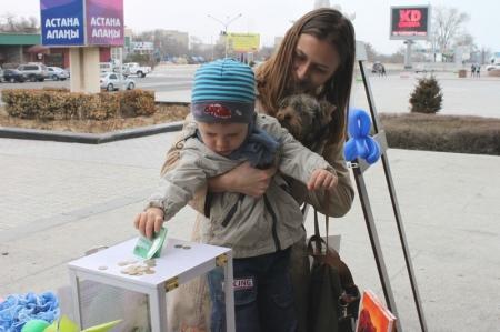 """В Наурыз благотворительный фонд """"АДАЛ"""" собрал более миллиона тенге для Маши Лопухиной."""