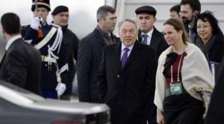 Назарбаев провел встречи с главами Нидерландов и КНР