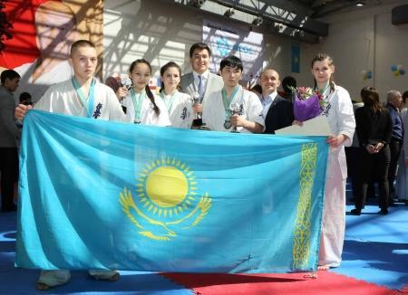 На чемпионате мира по кекушинкай карате в Актау сборная Казахстана завоевала 20 медалей