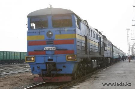 Под колесами поезда Мангышлак — Алматы погибла женщина