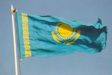 Сельскому акиму выписали штраф за отсутствие флага на акимате