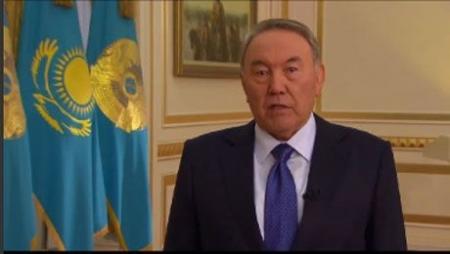 Назарбаев: заявления политиков о возвращении Украине ядерного статуса безответственны